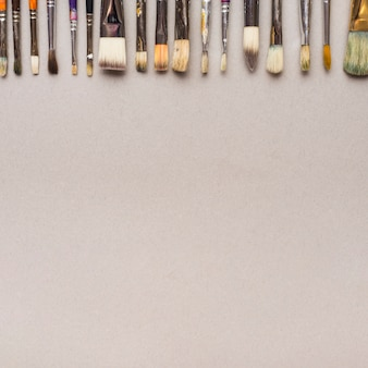 Set of assorted brushes