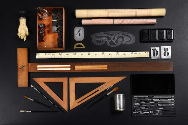 Set of drawing or draughtsman tools