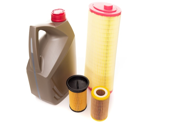 Set of filters and oil for an internal combustion engine  , top view