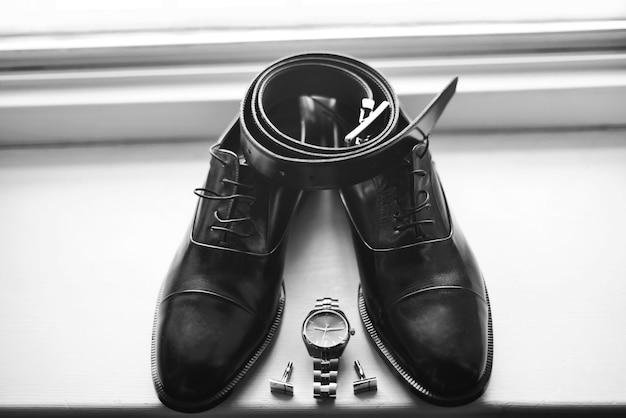 신랑 세트 나비 신발 벨트 커프스 단추 시계 남성용 액세서리