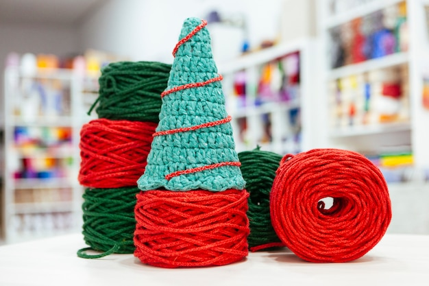 Set of a made it yourself christmas tree made with wool