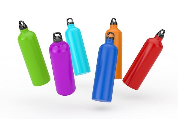 Набор цветных пластиковых шейкеров спортивных бутылок питьевой воды на белом фоне. 3d рендеринг