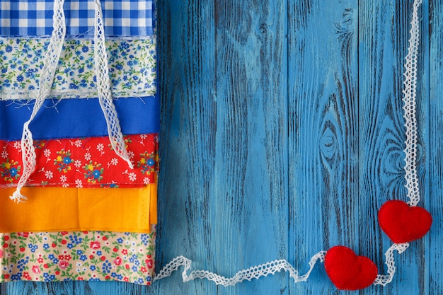 Набор цветных войлоков и ниток