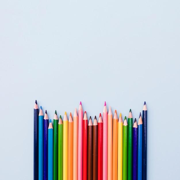 Набор цветных карандашей