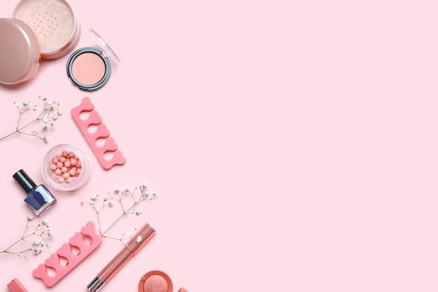 Набор декоративной косметики с аксессуарами