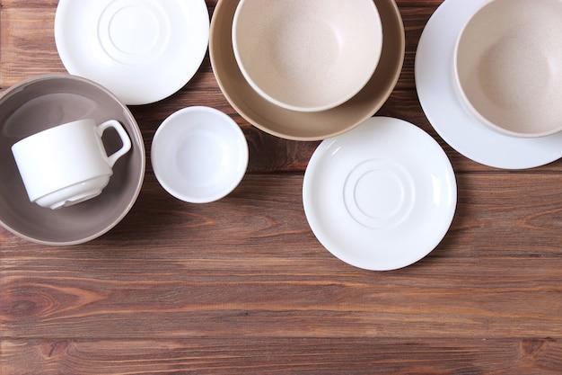 접시와 주방 용품 평면도 세트