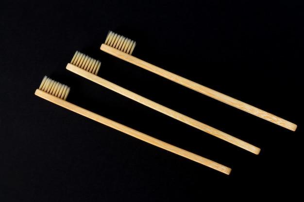 環境にやさしい竹の木製生分解性歯ブラシのセット