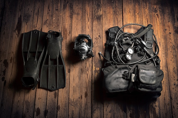 스쿠버 다이빙 장비 세트. 스포츠, 레크리에이션, 여행의 개념.