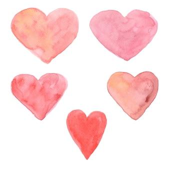 Набор раскрашенных вручную акварельных сердечек. различные оттенки нежного розового