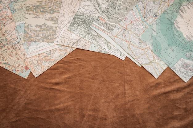 Набор карт на столе