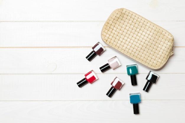 Набор лаков для ногтей и ярких гелевых лаков