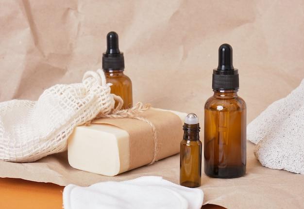 天然オーガニックspa美容製品のセット琥珀色のボトルオイル、自家製石鹸、再利用可能な綿の環境に優しいフェイシャルスポンジ