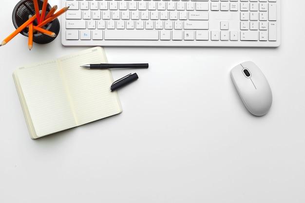 オフィス文具と消耗品のセット