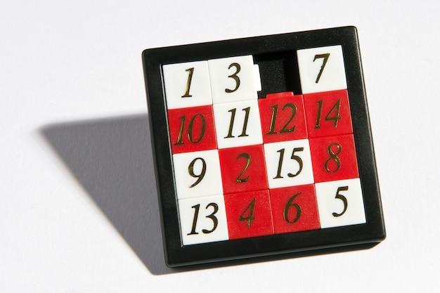 黒いフレームに取り外し可能な数字のセット Premium写真