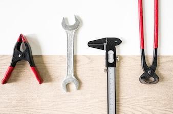 Set of repair tools