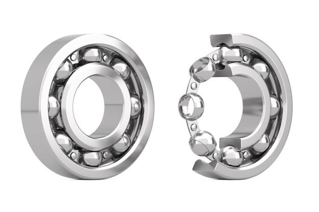 Набор блестящих хромированных стальных шарикоподшипников с одним вырезом наружу, где видны внутренние части на белом фоне. 3d рендеринг
