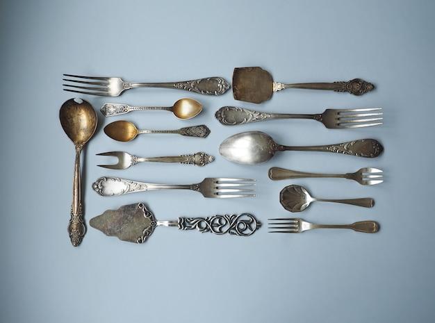 Набор ложек, вилок, ножей, половников