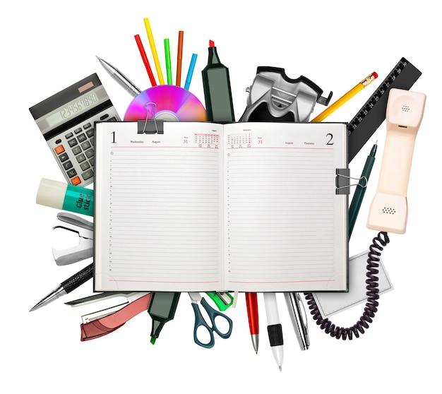 白で隔離の上にビジネス日記と文房具のセット