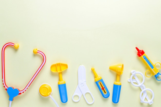 장난감 의료 장비의 집합입니다.