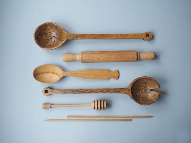 Набор деревянных ложек и ковша для меда