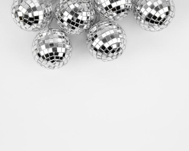 Set di globi d'argento discoteca con spazio di copia