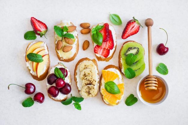 Set summer sweet snacks.