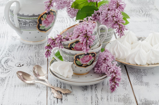 Set up with boho style lilac flower decoration