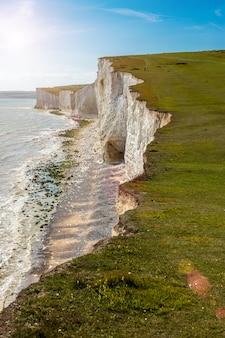 일곱 자매는 영국 해협에 의한 일련의 분필 절벽입니다.