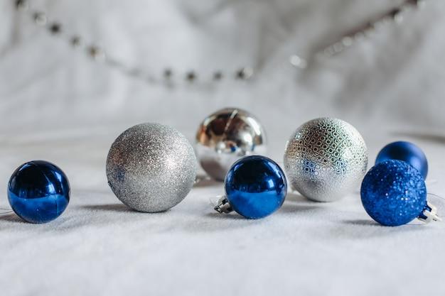 Several christmas balloons and a garland