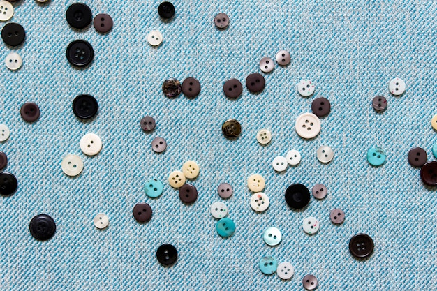 Sewing composition with many buttons