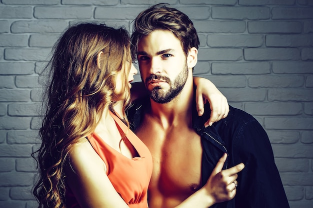 Сексуальная пара влюбленных