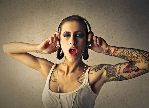 Sexy tattooed woman