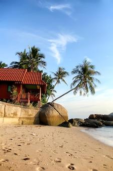 ビーチで小屋