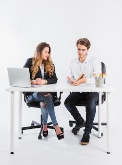 회의에서 정보 공유