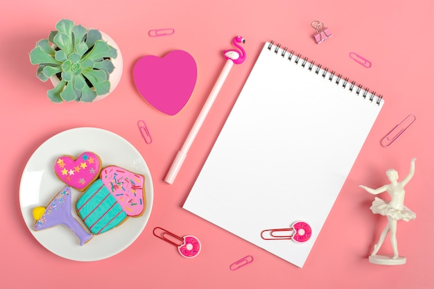 Sheets for note, paper clips, pen - flamingo, sukulent, stickers heart, gingerbread, angel