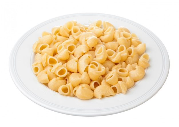 Shell pasta in bowl, isolated