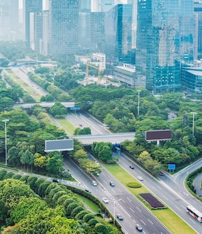 Шэньчжэнь городского пейзажа, дорожного движения, с высоты птичьего полета