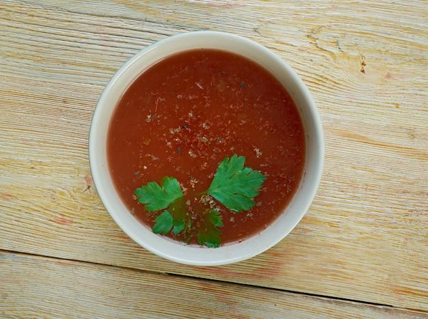 シェルバ-リビアのラムトマトスープ。中東料理