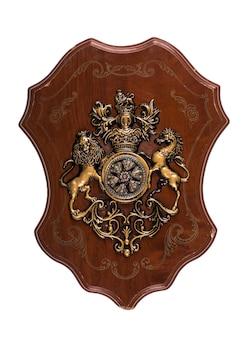 Щит с гербом на белом фоне