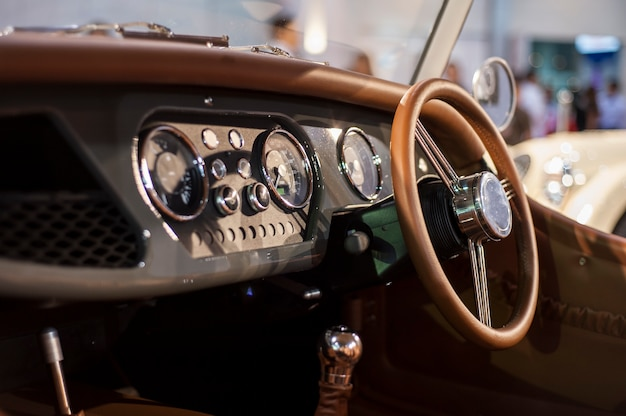 Shift lever and dashboard