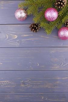 光沢のあるクリスマスグローブ