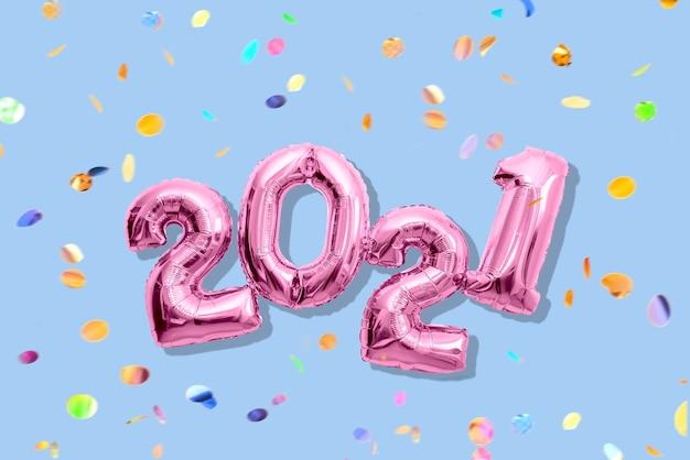 여러 가지 빛깔 된 색종이, 새 해 복 많이 받으세요 개념으로 빛나는 숫자