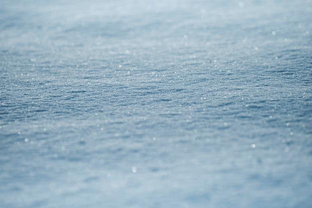 반짝이는 질감의 얼음 덮인 땅