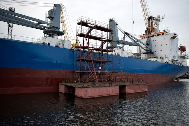 The ship hull painting works