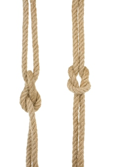 흰색 배경에 고립 된 매듭으로 선박 로프