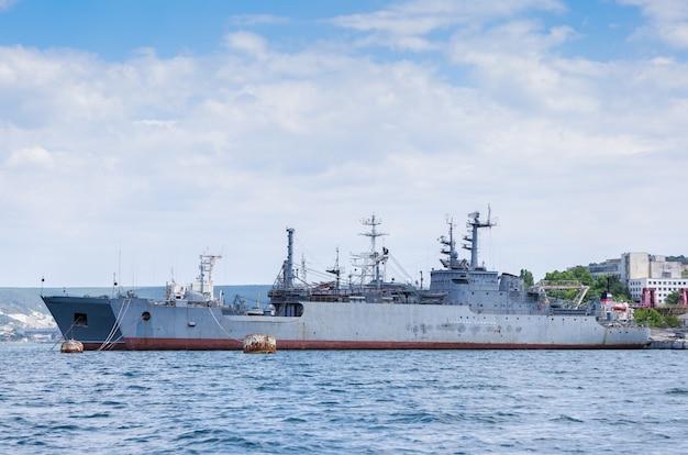 Корабли черноморского флота в севастопольской бухте