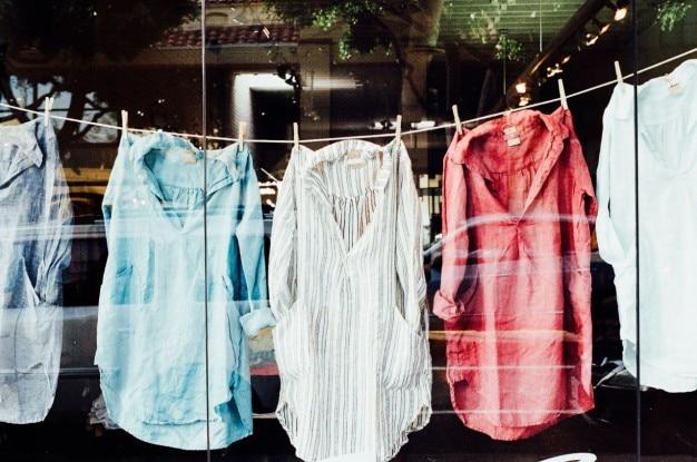 Camicie clothesline