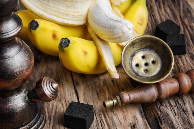 シーシャ水ギセル、バナナタバコ風味