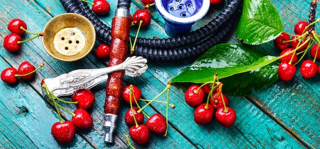 Shisha with tobacco taste of cherry