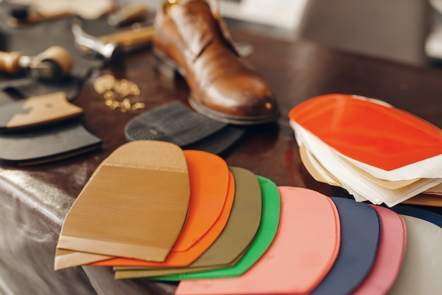 靴屋の職業、靴の修理サービス